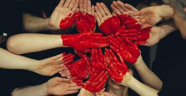 red-heart-hands