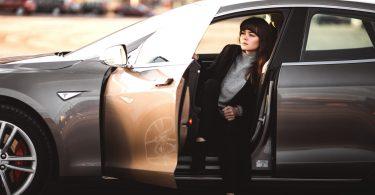 car-lady
